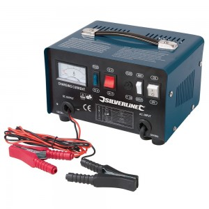 Silverline Automotive Lead Acid Battery Charger 12/24V